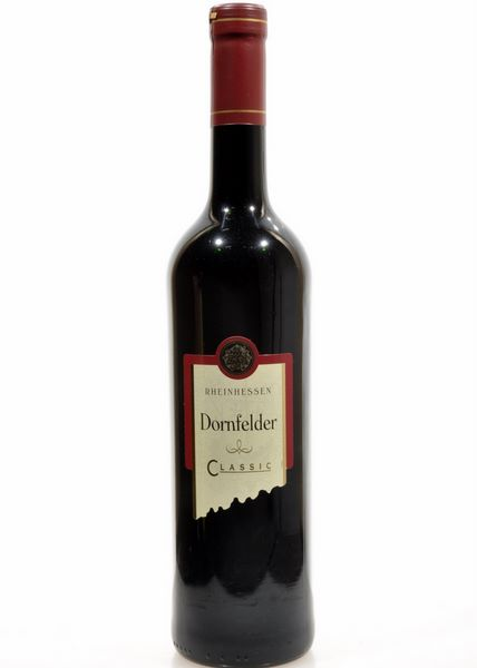 Outlander: Why is their Rhenish wine not white?! (3/6)