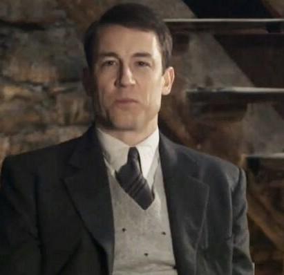 Outlander: The Matter of Frank Randall part 2 (2/6)