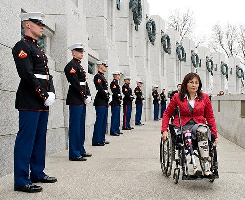 slideshow_1493580_203151_HBO_Veterans_DCCO111