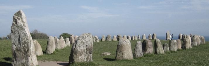 Ales_stenar_bred stones