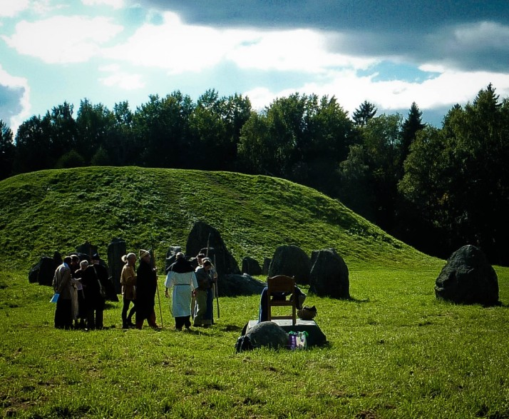 Anundshog Sweden's largest Viking burial site
