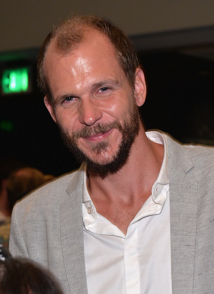 Gustaf+Skarsgard+Vikings+ATAS+Panel+Hollywood+WQWE5iUjdSwl