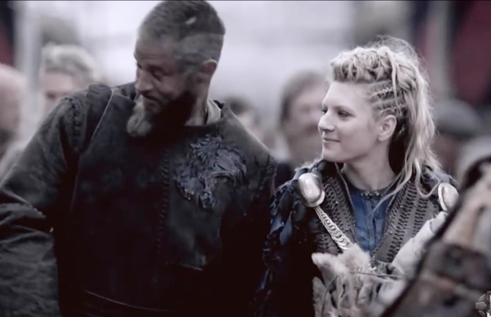 ragnar and lagertha happy