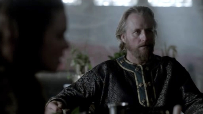 ecbert waits anxiously for Athelstan's answer