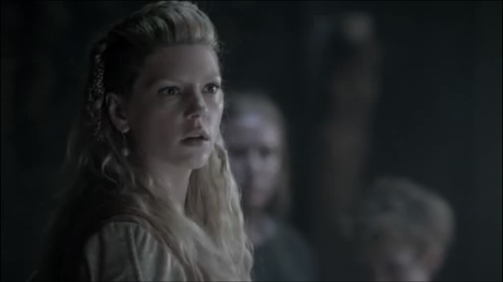 lagertha shows fear at Athelstan's condition