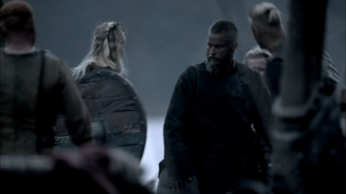 ragnar is none too happy about porunn joining them