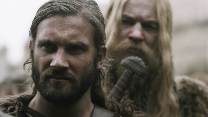 rollo looks on as ragnar takes blame for lagertha's action