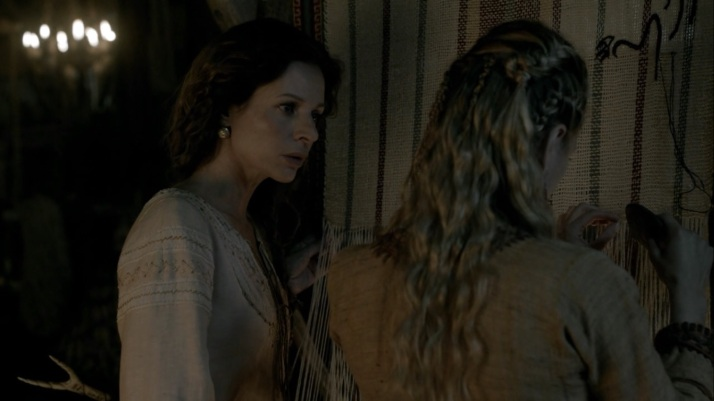 siggy tries to help Lagertha