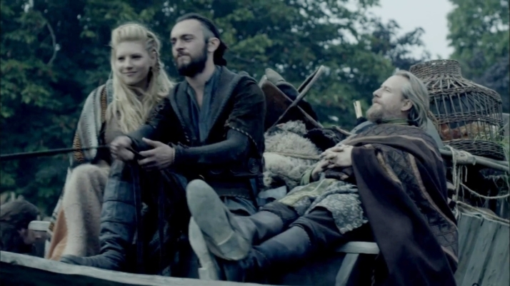 well at least Lagertha looks happy about his presence
