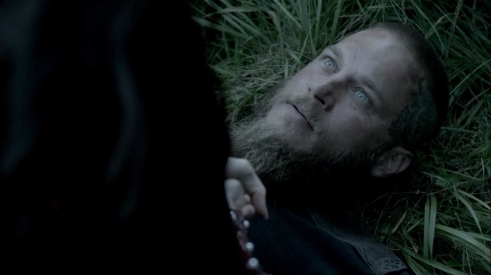 ragnar's reaction just WTF are you doing