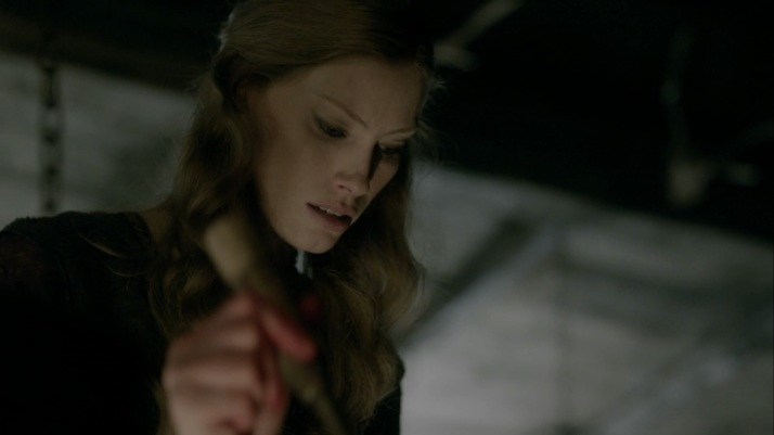aslaug and her cauldron