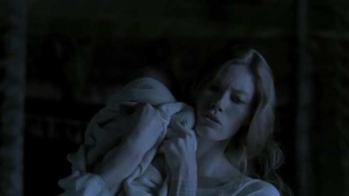 aslaug awakes to a crying baby Siggy