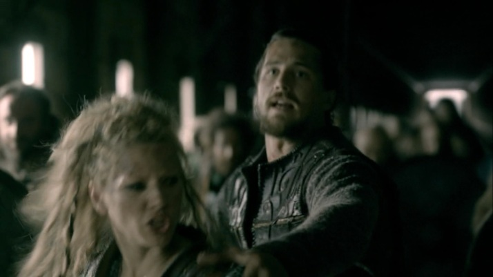Kalf tries to warn lagertha and keep her safe