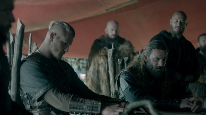 rollo wonders at ragnar's mind with floki in charge
