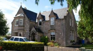Ardmeanach house inverness2