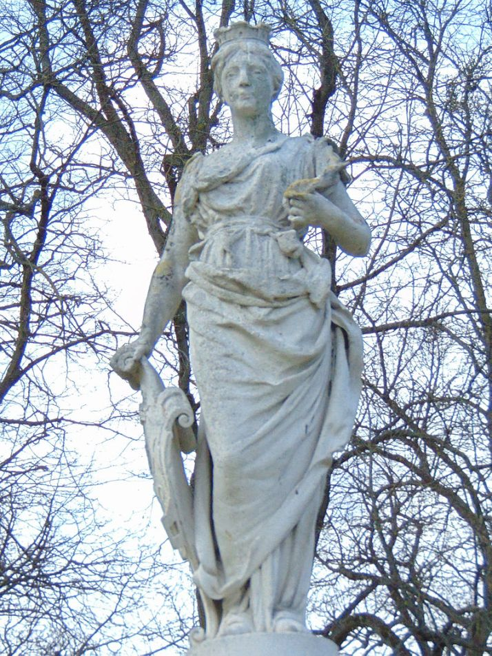 statue of Poppa