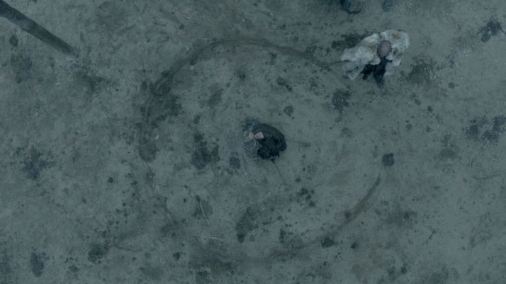 ragnar marks a circle around floki