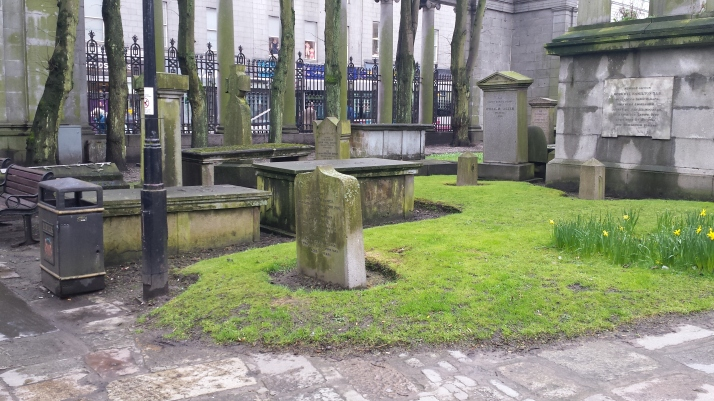 graves and tombstone in St Nicholas kirkyard